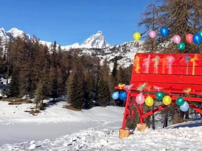 Tra Chamois e La Magdeleine la prima panchina gigante della Valle d'Aosta